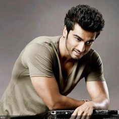 Image via We Heart It https://weheartit.com/entry/127537194 #actor #bollywood #handsome #arjunkapoor