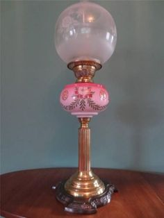 ANTIQUE-VICTORIAN-C1890-CRANBERRY-COLUMN-OIL-LAMP-WITH-FINE-ETCHED-GLOBE-SHADE