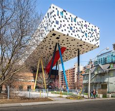 Ontario College of Art & Design. Alsop Architects by modarchitecture Unusual Buildings, Interesting Buildings, Toronto Travel, Visit Toronto, Toronto Canada, Parasitic Architecture, Bridge Design, Building Structure, Modern Architecture
