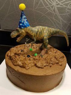 Funny Dinosour cake