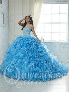 Find pretty quinceanera dresses and vestidos de quinceanera at Quinceanera Mall! Turquoise quinceanera dresses, pink 15 dresses, and custom vestidos de quinceanera!