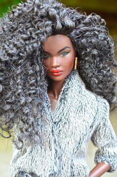 Polarity nadja dolls on top! African Dolls, African American Dolls, Fashion Royalty Dolls, Fashion Dolls, Diva Dolls, Dolls Dolls, Poppy Parker, Beautiful Barbie Dolls, Black Barbie