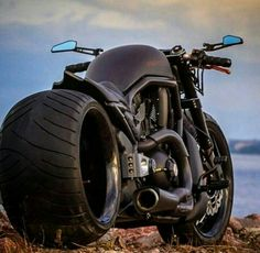 Wind Burned Eyes is a site for motorcyclists. It focuses on custom motorcycles, motorcycle gear, motorcycle industry news, and more. Bobber Motorcycle, Moto Bike, Cool Motorcycles, Vrod Harley, Harley Bikes, Custom Street Bikes, Custom Bikes, Bobbers, Vrod Custom