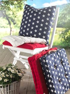 Cute idea for July 4th.  By using plain seat cushions in 3 colors, you can mix & match for other occasions.  (Couldn't find the pinning source)