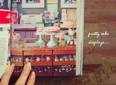 Eat Drink Chic / London Style Guide by Saska Graville