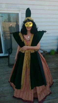 Carol Burnett In Her Scarlett O Hara Costume Curtain Rod And All