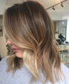 #obsessed with this #freehand #painting by @hairbylaurenm #edwardsandco #edwardsandcomelbourne #hair #melbournehairsalon