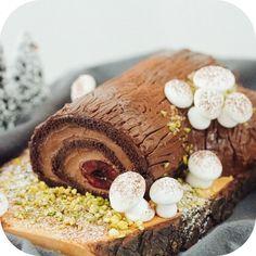 Rocambole Trufado de Natal aka Bûche de Nöel (tronco natalino) | Vídeos e Receitas de Sobremesas