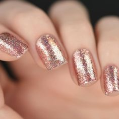 'Tis the season for sparkly nails.