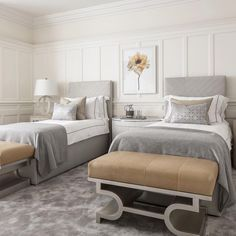 Cool 34 Sophisticated Bedroom Design Ideas For Your Cute Twins Twin Bedroom Sets, White Bedroom Set, Guest Bedrooms, Best Bedroom Colors, Bedroom Color Schemes, Colour Schemes, Casa Kardashian, Dispositions Chambre, Bedroom Furniture