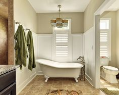 Traditional Spaces Clawfoot Tub
