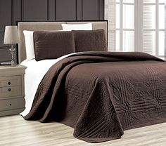 Grand Linen Dark Purple/Light Purple Oversize ORNATO Reversible Bedspread King/Cal King Embossed Coverlet Set 118 by Coral Bedding Sets, Colorful Bedding, Bed Cover Sets, Bed Covers, Navy Bedspread, Cal King Bedding, Relaxation Room, Quilt Sets