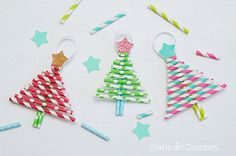 Get crafty with the kids this holiday season with these darling decorative paper straw christmas tree ornaments! Cute and inexpensive Christmas kids craft!