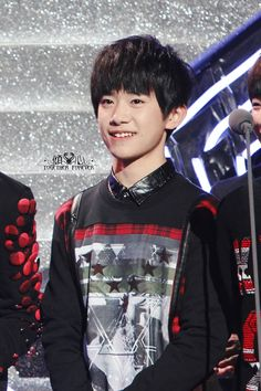 Jackson Yi, boy fashion tfboys 易烊千玺