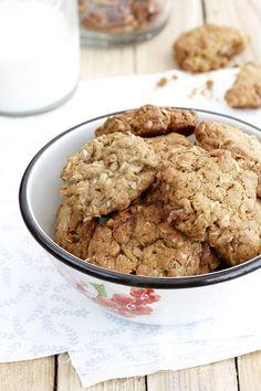 למרות שאני ממעטת להכין אותן, עוגיות שיבולת שועל הן מסוג העוגיות החביבות עלינ�