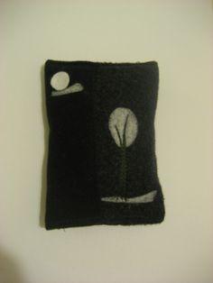 Porta-kleenex de lana prelavada.