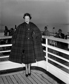 "Wallis Simpson (Bessie Wallis Warfield-Spencer-Simpson) (1896-1986) USA wife of King Edward VIII ""David"" (Edward Albert Christian George Andrew Patrick David) (1894-1972) Prince of Wales UK, Duke & Duchess of Windsor, regina di stile"