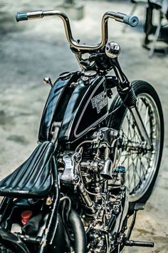 Knucklehead hardtail chopper with split sportster tank, short apes, no-lever handle bar controls