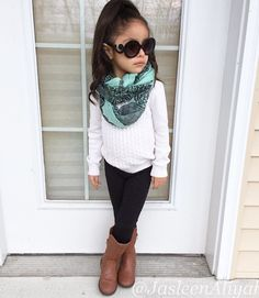 44 gorgeous outfits ideas for baby clothes: # gorgeous - Babykleidung Baby Outfits, Girls Winter Outfits, Outfits Niños, Little Girl Outfits, Cute Outfits For Kids, Little Girl Fashion, Toddler Fashion, Toddler Outfits, Kids Fashion