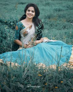 Dream Photography, Girl Photography Poses, Fashion Photography, Beautiful Girl Indian, Beautiful Girl Image, Simply Beautiful, Girl Number For Friendship, Best Photo Poses, Saree Photoshoot