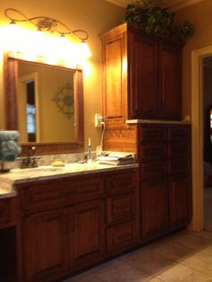 Second Section Of 14u0027 Vanity Unit By Cabinets Unlimited ,Inc 901.837.1776