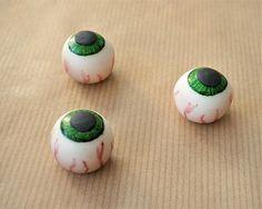 12 fondant eyeballs cupcake topper fondant eyes Halloween