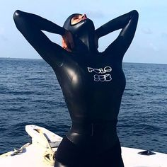 Scuba Wetsuit, Diving Wetsuits, Women's Diving, Diving Suit, Scuba Diving Gear, David Beckham Suit, Customised Clothes, Triathlon Women, Rubber Catsuit