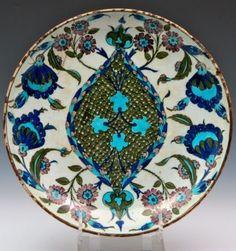 An Iznik plate in Goya Auctions   Auctions  ArsMagazine