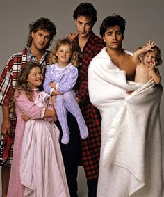 Still of Ashley Olsen, John Stamos, Candace Cameron Bure, Dave Coulier, Bob Saget and Jodie Sweetin in Full House Full House Season 1, Full House Cast, Full House Tv Show, Full House Memes, Full House Funny, Full House Quotes, Tio Jesse, Uncle Jesse, Dj Tanner