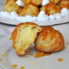 Cooking with Manuela: Custard Filled Puff Tower with Caramel Sauce - Profiterol with Caramel Profiterole Tower, Profiteroles Recipe, Custard Filling, Good Food, Yummy Food, Choux Pastry, Great British Bake Off, Caramel Recipes, Quick Easy Meals