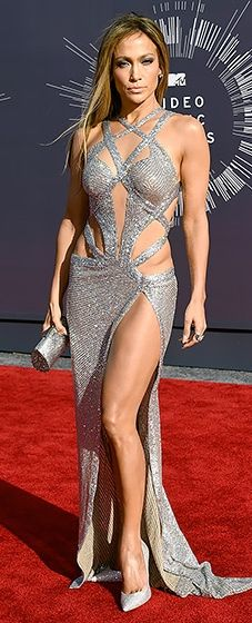 Talk about flawless. Jennifer Lopez looked beyond sexy in a sparkling cutout dress at the 2014 VMAs.