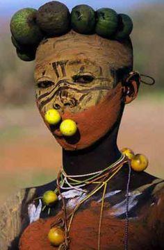 le tribu dell'Omo (Etiopia/Sudan/Kenya) fotografie di Hans Sylvester