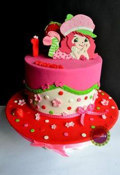 Strawberry Shortcake First Birthday - Cake by miettes Strawberry Shortcake Birthday Cake, Strawberry Shortcake Characters, Strawberry Shortcake Recipes, Strawberry Cupcakes, Birthday Cake Girls, 3rd Birthday, Birthday Parties, Pony Cake, First Birthday Decorations