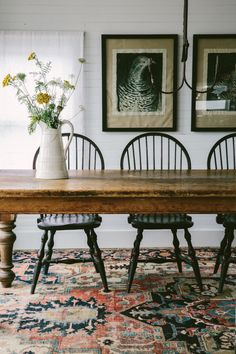 Search for farmhouse table designs and dining room tables now. this dining room decor dining room ideas dining room dining room table dining room table centerpiece ideas dining rooms dining room design is the perfect addition to any dining table space. Farmhouse Table Centerpieces, Dining Room Centerpiece, Dining Room Table, Table And Chairs, Dining Room Rugs, Centerpiece Ideas, Side Chairs, Lounge Chairs, Room Chairs
