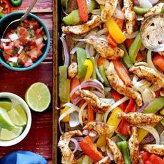 One Pan Chicken Fajitas with Peppers...looks freaking fab