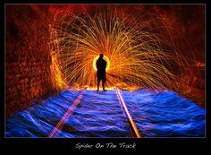 Bildergebnis für light painting train