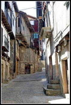 Calle Serrana,  Mogarraz  Segóvia  Spain