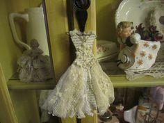 shabby chic wedding dress