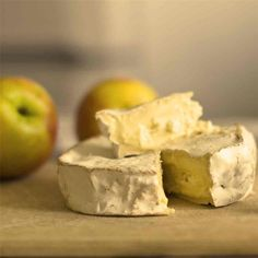 Fromage Pate Molle, Milk And Cheese, Queso, Camembert Cheese, Dairy, Satisfaction, Guide, Food, Buffer