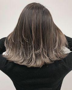 ボブ×デザインカラーが人気♪ Korean Hairstyle Long, Korean Hairstyles Women, Japanese Hairstyles, Asian Hairstyles, Men Hairstyles, Dip Dye Hair, Dyed Hair, Balayage Asian Hair, Beach Hair