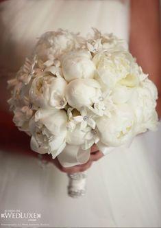 Stylish White Weddings #whitewedding #weddinginspirations #weddingflowers #weddingdecor #wedding #weddingideas #weddingbouquet #decorations #bouquet