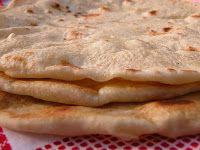 TOFU MOM . . . and gravy!: Baleadas: Honduran Tortillas