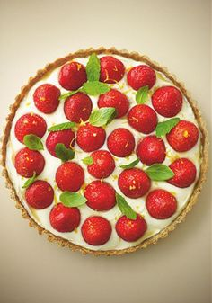 Lorraine Pascale's healthy strawberry tart with lemon vanilla cream - Telegraph