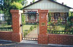 Decorative Garden Fences and Gates | Gate Openers Gate Operators Driveway Gates Wrought Iron Aluminum Gates