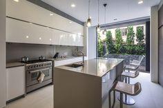 Casa Vista Lejana / Wallflower Architecture Design Far Sight House / Wallflower Architecture Design – Plataforma Arquitectura Küchen Design, House Design, Interior Design, Design Ideas, Kitchen Interior, Kitchen Decor, Kitchen Ideas, Singapore House, Warehouse Shelving