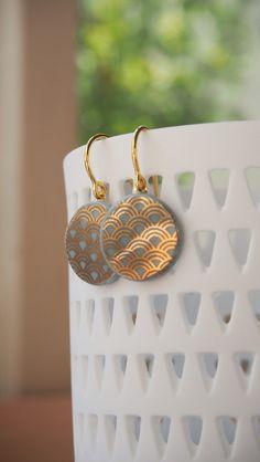 Porcelain Jewelry, Ceramic Jewelry, Resin Jewelry, Jewelry Crafts, Kawaii Jewelry, Cute Jewelry, Nail Polish Jewelry, Ceramic Pendant, Bijoux Diy
