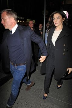 Daniel Craig and Rachel Weisz stop by the opening night of Scarlett Johansson's new play 'Cat on a Hot Tin Roof.'