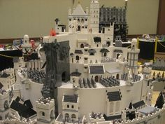 Pretty much the entire Lord of the Rings trilogy in LEGO... Oh. My. Gosh. If only I had the time to do this...whoever built this needs a medal NOW!