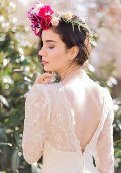 Spring flower crown (and gorgeous vintage wedding dress from Gossamer http://www.shopgossamer.com/)