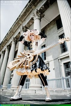 awesome vocaloid cosplayer | Cosplay! / Memebase has had some awesome Vocaloid cosplay on there ...